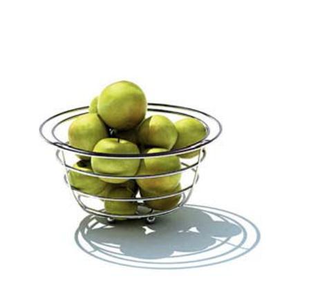 装满苹果的金属水果篮