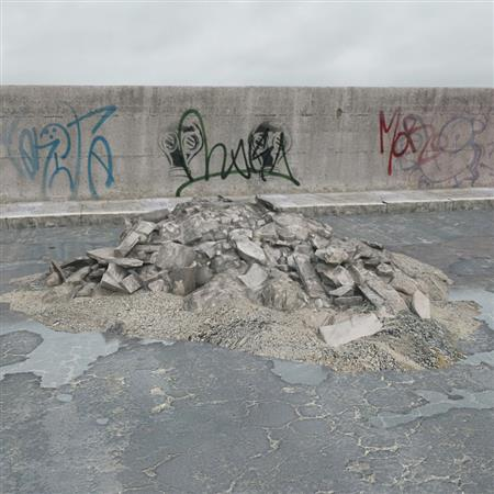 废弃砖块石块